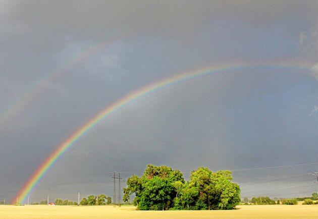 Lokalt regn med åskinslag väntas, men skurarna väntas vara kortvariga. Arkivbild.
