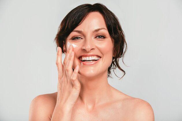Hur väljer man rätt hudkräm? En bra början är undvika skruvlock.