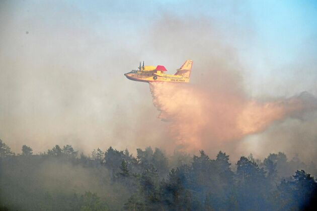 Italienskt brandflyg gav hjälp åt Sverige vid de stora skogsbränderna 2018.