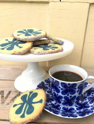 Rörstrands klassiska mönster Mon Amie har inspirerat dessa söta kakor.