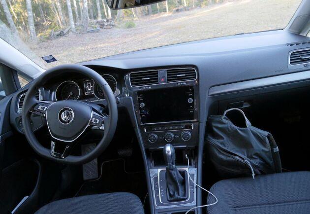 Naturligtvis är det individuellt, men omdömet blir ändå att man sitter förhållandevis bra i bilen även efter långresor.