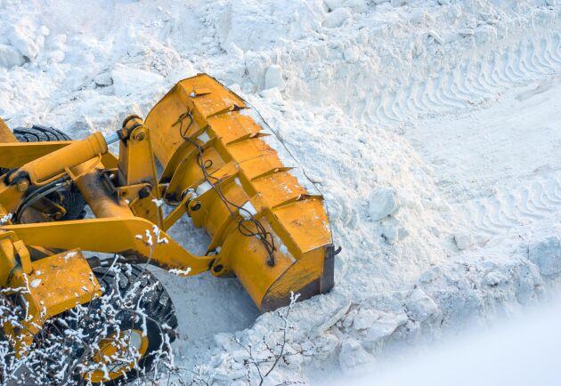 Trafikverket menar att anledningen till att kostnaderna skenar är på grund av oförutsedda händelser som till exempel en snörik vinter. Arkivbild.