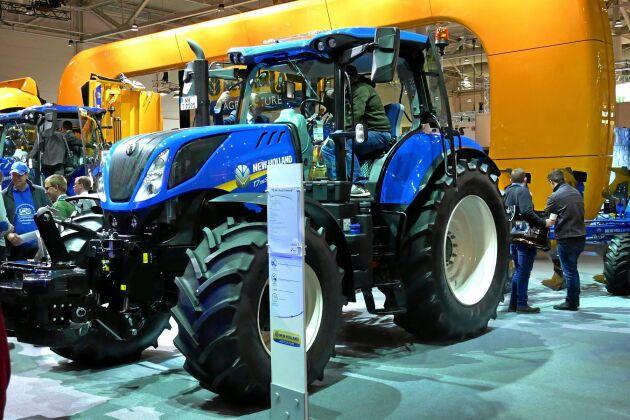 New Holland T7.195 S är mellanmodellen i T7 S-serien.