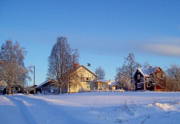 Som gjort för julefrid. Den röda stugan på Rönngården är med i Bo på lantgårds nya temasatsning Jul på landet.