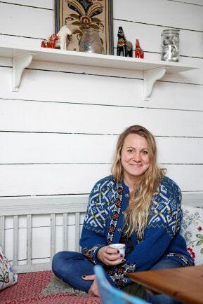 """Louise Norström är Lands nya bloggare Abbobrbergs Louise! Hon bor i Abborrberg med sin sambo Johan och son Arvid. """"Jag ska blogga om äventyret i det lilla"""", säger hon."""