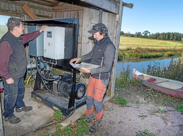 Med början 2016 började Tore och Per Larsson att sätta gårdens bevattningsanläggning i skick. De skaffade ny pump och lät gräva ned ett stamnät.