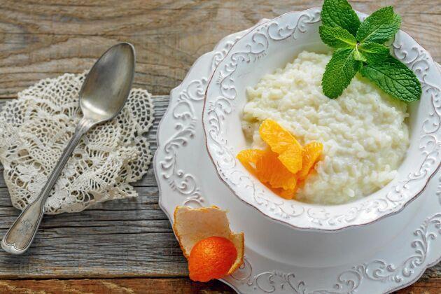Kyl av riset till ris à la Malta snabbt.