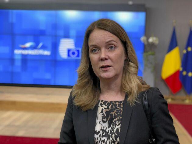 Landsbygdsminister Jennie Nilsson (S) möter pressen efter sin debut vid EU:s jordbruksministerråd.