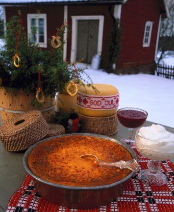 Ostkaka – delikatess med lång tradition. Här är det Julseryds ostkaka från Marithas ost som frestar.