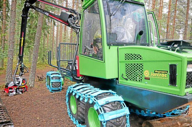 Jarcrac har gjort en hjulmaskin av sin bandskotare. Jarcrac Magnapro kan fås med 400- eller 500-hjul.