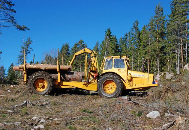 """Livab byggde även skogsmaskinen """"Timmer-Kalle"""" där Boxern var basen."""