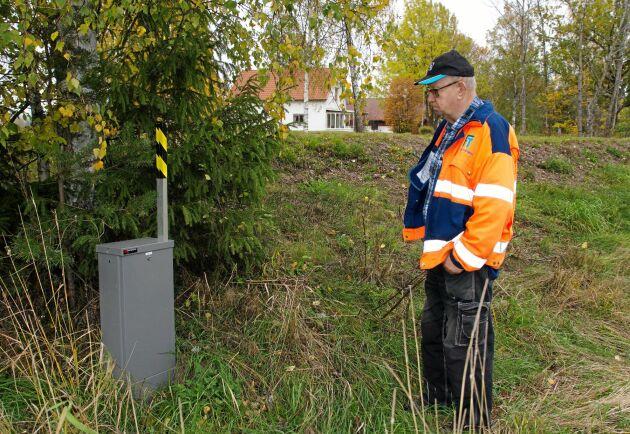 – IP Only har inte riktigt klarat av att göra jobbet ute på landsbygden. Det finns sommarstugeområden vid Vänern med mycket klippor där ledningen delvis ligger ovanpå marken, säger Olle Andersson.