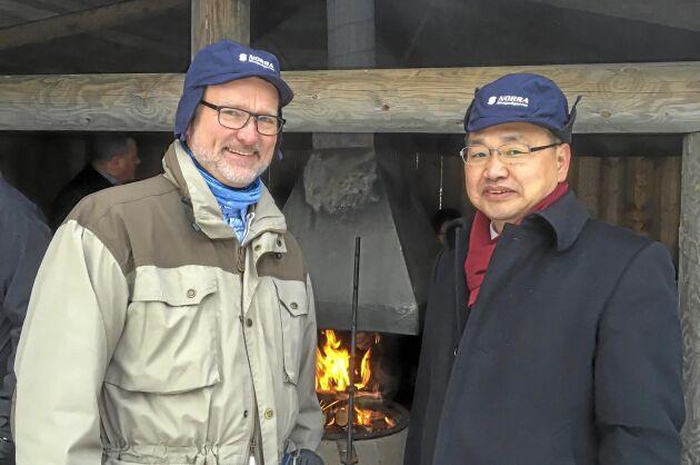 Lennart Ackzell på LRF Skogsägarna var arrangör av det kinesiska studiebesöket i Sverige, här tillsammans med Wang Guozhong från Kinas Internationella skogscenter, IFCC.