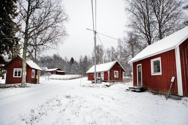 Abborrbergets bykärna med det gamla bageriet, posthuset och lanthandeln.