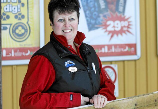 För Valsjöbyns lanthandlare, Margareta Andersson, är arbetet mer av en livsstil och hon är något av byns nav.