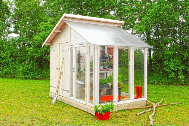 Förråd med växthusdel från Bauhaus.