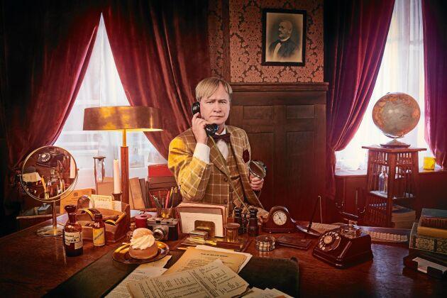 Robert Gustafsson som privatdetektiven Ture Sventon i den nyinspelade TV-serien.