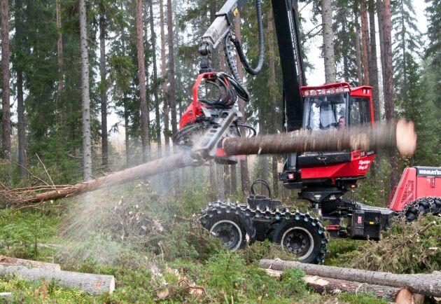 I Finland är skördarmätning betalningsgrundande för 98 procent av virket som köps från privata skogsägare eftersom det upplevs säkrare än industrimätning. I Sverige är motsvarande siffra under 2 procent.