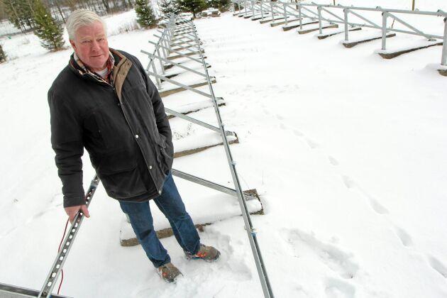 Åke Eiborn tyckte att det var kul att ta elströmmen från solen. Det tyckte tjuvarna också som stal 40 solcellspaneler bara 60 meter från huset.