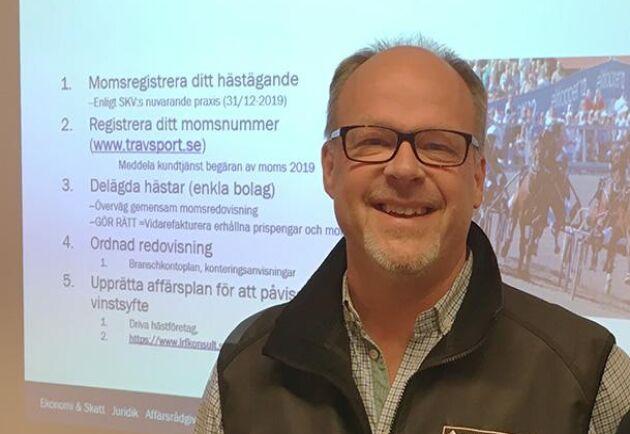 """""""Det är glädjande att HFD nu slagit fast att de garanterade prispengarna om 500 kr till varje startande häst är momspliktiga"""", säger Mats Norberg i Svensk Travsports styrelse."""