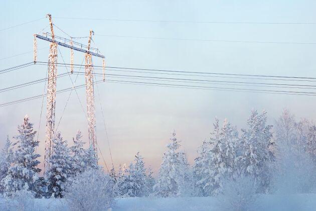 En övergång till effekttariffer innebär ett nytt sätt att ta betalt för elkablarna. Kyliga vinterdagar kan slå hårt på storförbrukarna.