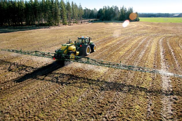 Sverige litar på experternas slutsats när det gäller glyfosat.