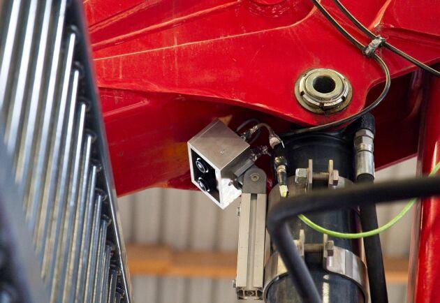 En kamera under kranen ger bra sikt för distanslastning.