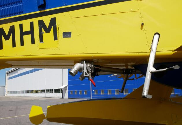 Saabs brandbekämpningsplan kan ta 3 000 liter vatten i sina tankar och kan tömma 50 000 liter vatten i timmen under gynsamma förhållanden.