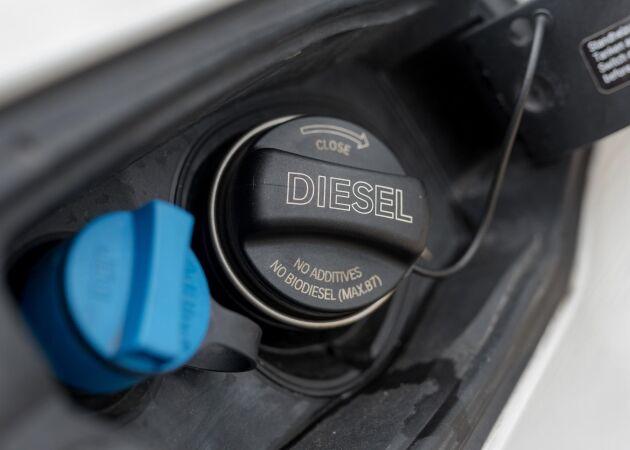 Priserna på bensin, diesel och etanol steg med 25 öre/liter under måndagsmorgonen.