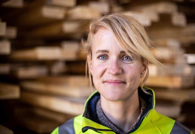 """Kari Andersson beskriver det själv som att hon är """"född i en spånhög""""."""