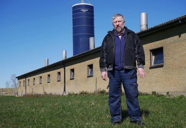 """""""Jag kan ju inte ensam sätta i gång och slåss mot ett multinationellt företag"""", säger Hans-Ingvar Ekberg. Nu efterlyser han mer engagemang från LRF om frågan gällande effekterna av glyfosat för lantbrukares hälsa."""