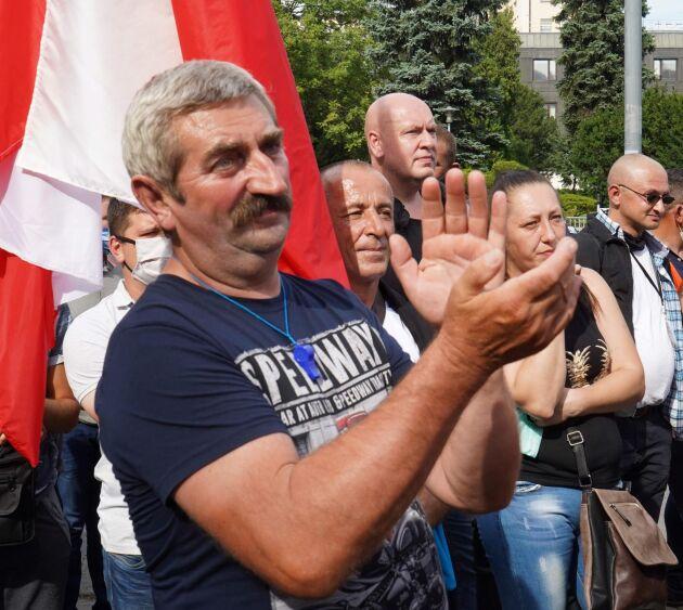 Polska lantbrukare demonstrerar mot den nya djurskyddslagen.