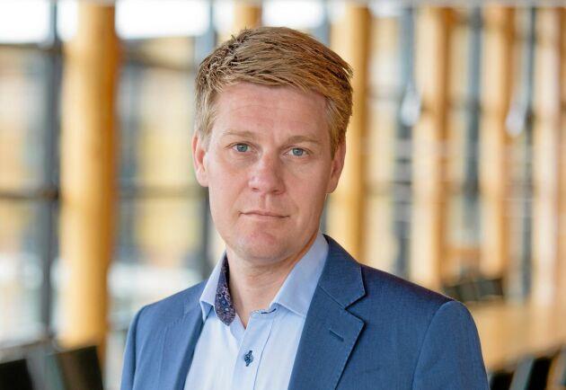 – Det är en volym som vi borde hinna klara i tid, säger Olof Hansson om skadorna efter stormen Laura.