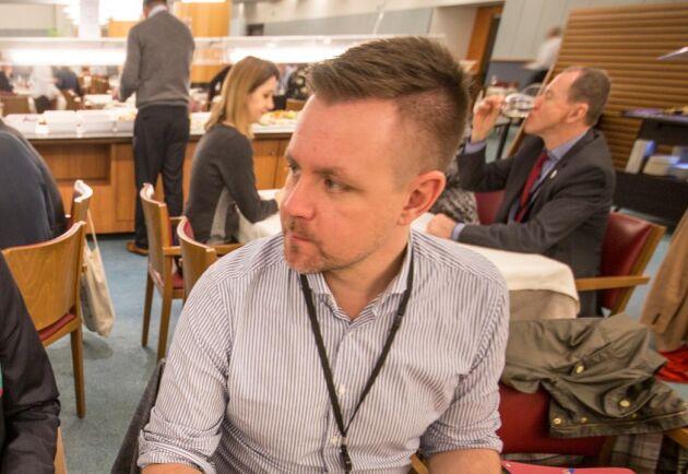 Fredrik Federley vänder EU-parlamentets Cap-förslag ryggen.