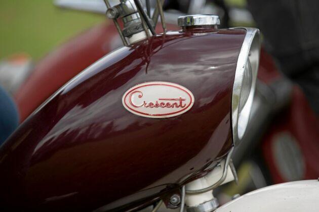 Framlyset är infällt i bensintanken på Jan Kjerrulfs Cresent 2000, tillverkade under sent 50-tal.