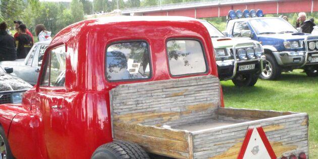 """Smattrande Epa-traktorer upprör ortsbor: """"Småbarnen grät"""""""