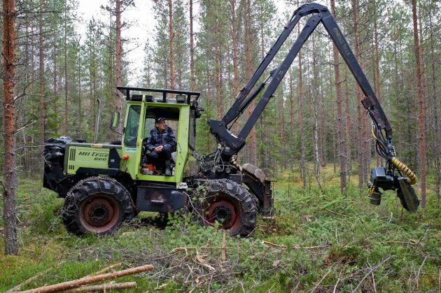 Att kunna bruka sin skog efter eget tycke och smak är en viktig fråga för många skogsägare.