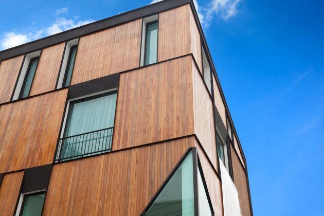 Snart är det byggstart för fyra bostadshus i trä intill nya Norra Stationsparken i Stockholm. (bilden visar ett annat hus)