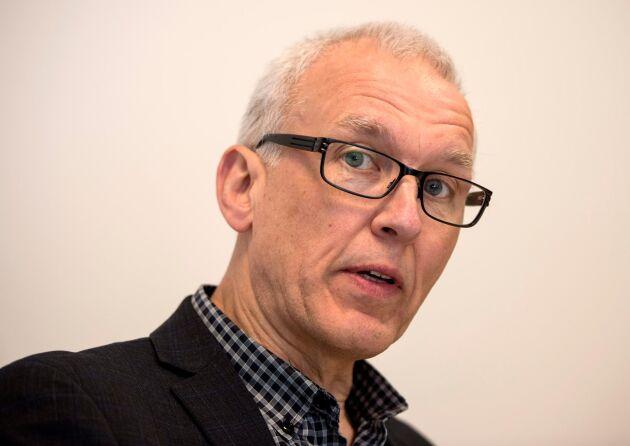 Göran Åström, miljödirektör på länsstyrelsen, har varit föredragande i ärendet som slutade med att begäran om skyddsjakt på de fyra vargarna avslogs.