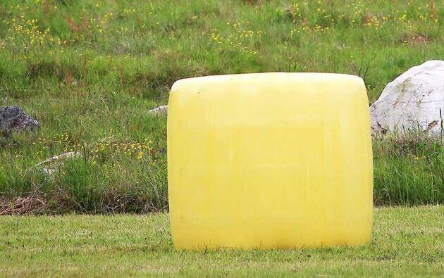 Den gula balplasten lanseras först i Australien och Nya Zeeland i höst.