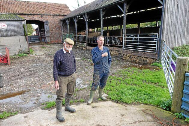 Gammalt stall. Trots oro inför Brexit bygger Mike och Tom Powley nya stallar på Elm House Farm.