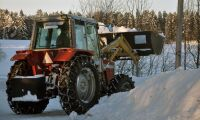 Snön krossar ekonomin för redan knäckta kommuner