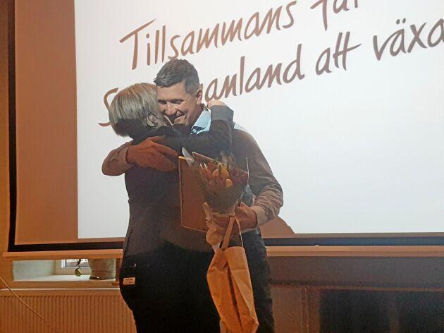 Christer Nordqvist fick ta emot Magdakullans pris Silvergrytan. Priset delas ut till någon som har lyft fram sörmländsk mat och matkultur.