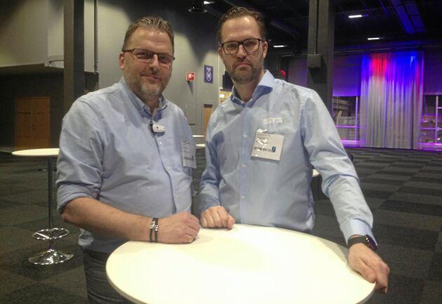 Bröderna Mikael och Magnus Jansson på Biotherm Heat presenterade sin hästgödselpanna vid Hästföretagarforum i Göteborg i vintras, och sedan dess har förfrågningar kommit, både från Sverige och utlandet.