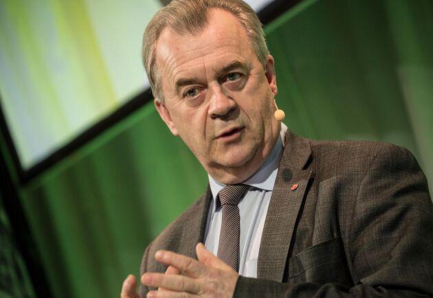 Landsbygdsminister Sven-Erik Bucht säger att en höjning av Norrlandsstödet är nödvändig för att jämna ut skillnaderna för norrländska lantbrukare.