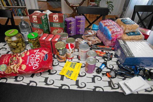 En prepper är förberedd på en eventuell kris, bland annat genom att ha ett matlager.