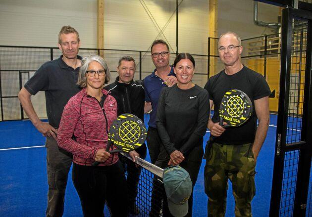 Magnus Karlsson, Anna Karlsson, Anders Wassén, Fredrik Håkansson, Anna Håkansson, Carl-Johan Håkansson tillhör alla de lantbrukarfamiljer som ligger bakom satsningen på padelhallen.
