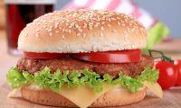 Forskare: Labbodlade hamburgare snart på restaurang