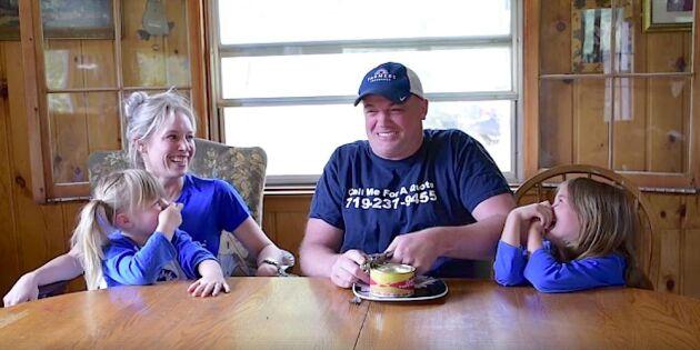 Roligaste klippet! Kolla när den amerikanska familjen testar surströmming!