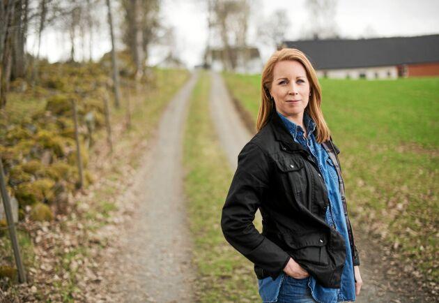 Centerpartiets partiledare Annie Lööf hemma på föräldragården i Maramö, i Värnamo kommun.